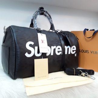 louis vuitton canta suni deri supreme el valizi capraz askili siyah beyaz 55x35