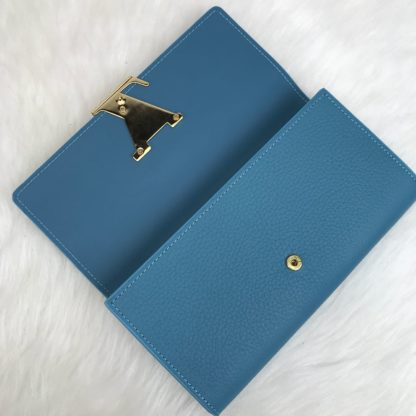 louis vuitton cuzdan capucines mavi 20x11