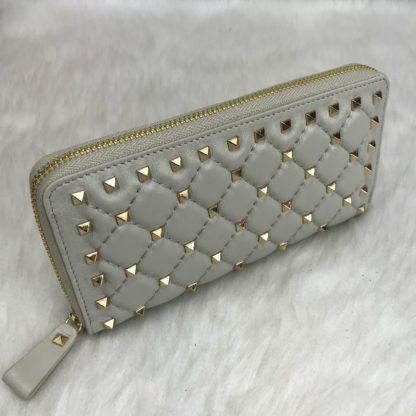 Valentino cuzdan rockstud spike zimbali krem 19x10