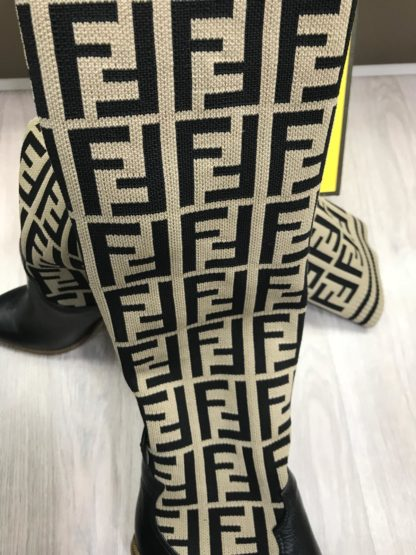 fendi ayakkabi corap cizme uzun baskili