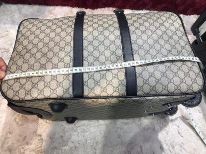 gucci valiz tekerlikli 50cm