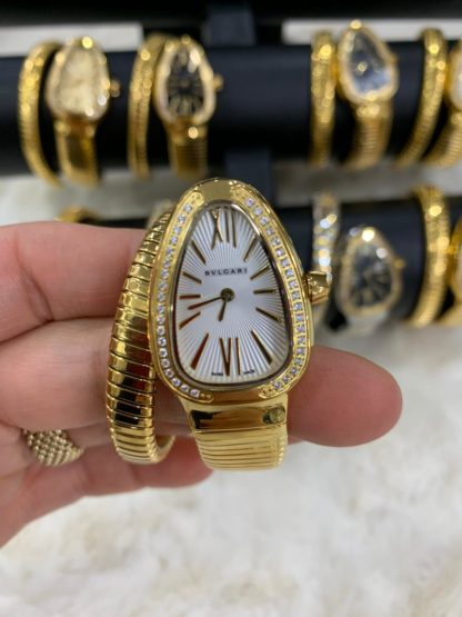 bvlgari saat gold tasli beyaz