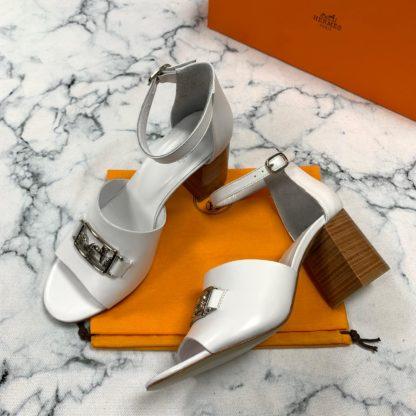 hermes terlik 9cm topuklu sandalet beyaz