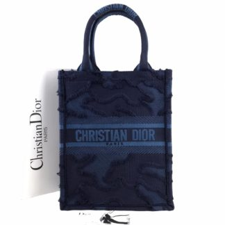 Christian Dior canta Vertical Book Tote full el dokuma lacivert 34x27 cm