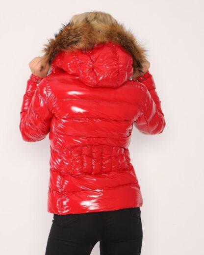 moncler mont kirmizi parlak yatay desen kapuson QR kod