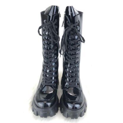 prada ayakkabi monolith patent rugan siyah cizme