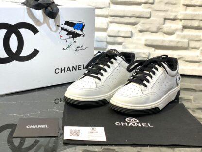 chanel ayakkabi spring summer 2020 low top siyah beyaz