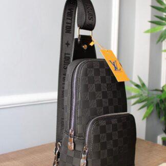 louis vuitton canta avenue sling bag siyah damier 20x31x10