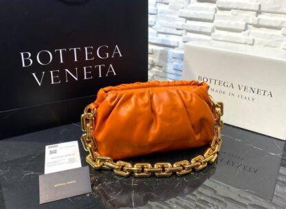 bottega veneta canta the chain pouch zincirli turuncu