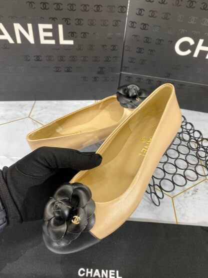 chanel ayakkabi nude siyah babet