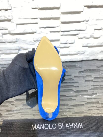 manolo blahnik ayakkabi stiletto pumps saks mavi suet topuk 8 cm