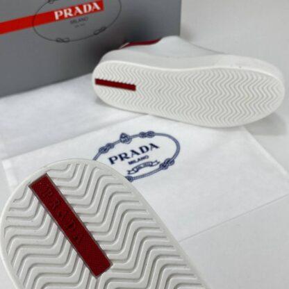 prada ayakkabi contrast heel low top sneakers