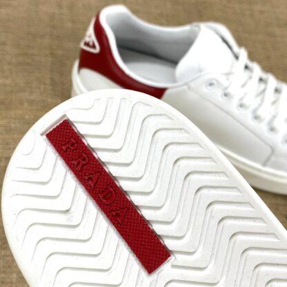 prada ayakkabi erkek sneaker contrast heel kirmizi beyaz