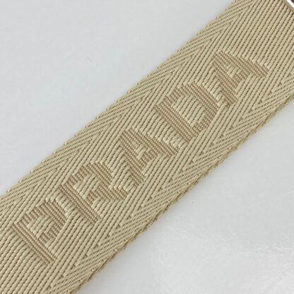 prada canta re edition 2005 saffiano omuz cantasi deri beyaz 22x18 cm