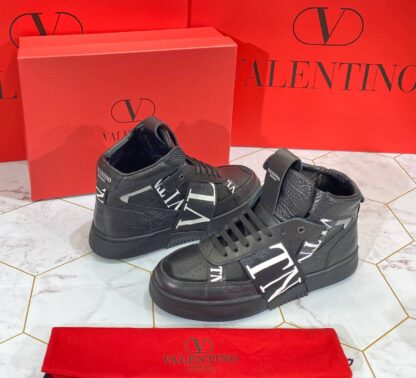 valentino ayakkabi erkek siyah beyaz logo bot
