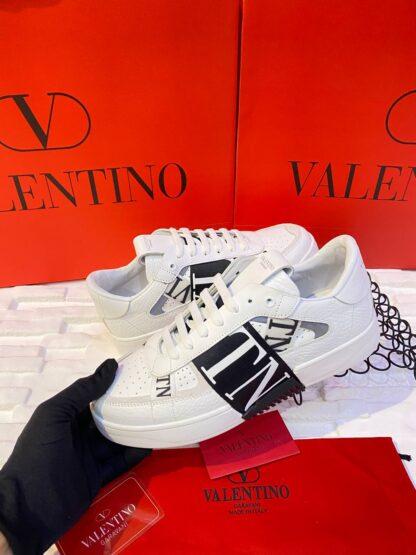 valentino ayakkabi erkek sneaker garavani beyaz siyah