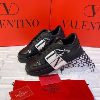 valentino ayakkabi erkek sneaker garavani siyah beyaz