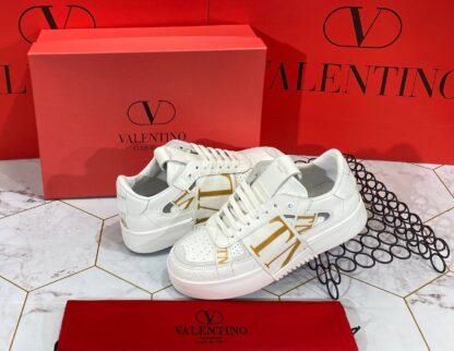 valentino ayakkabi garavani sneaker beyaz