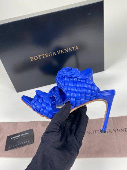 bottega veneta ayakkabi deri saks mavi terlik topuk 10 cm
