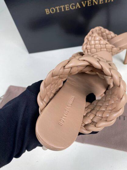bottega veneta ayakkabi krem terlik topuk 10 cm