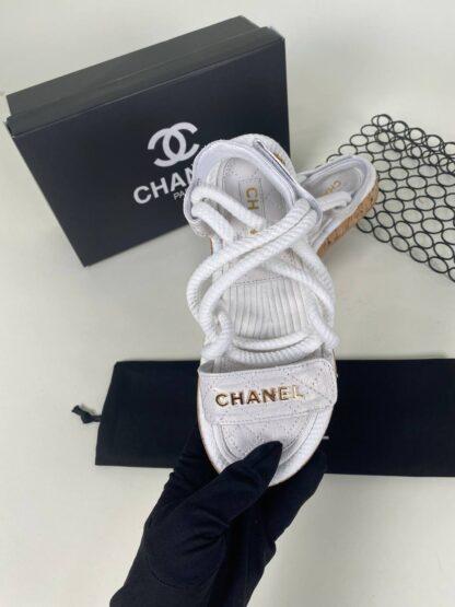 chanel ayakkabi beyaz sandalet terlik