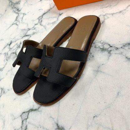 hermes ayakkabi siyah terlik tirtikli deri