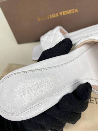 bottega veneta ayakkabi beyaz terlik