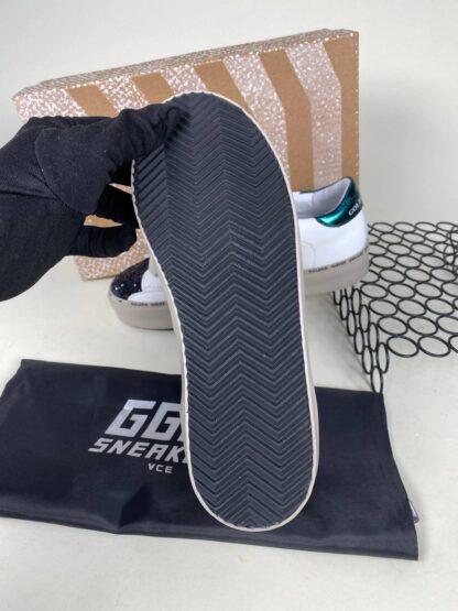 golden goose ayakkabi beyaz simli sneakers