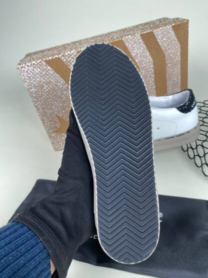 golden goose ayakkabi sneaker kadin beyaz siyah ithal