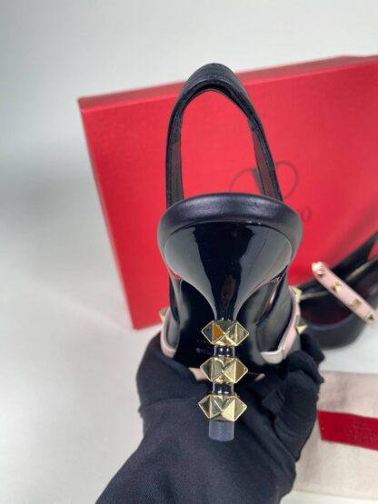valentino ayakkabi 6 cm topuklu rockstud siyah pudra