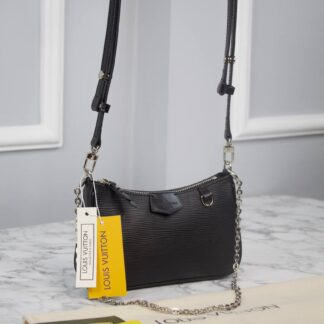 louis vuitton canta siyah epi ithal easy pouch on strap 19x11.5x3 cm
