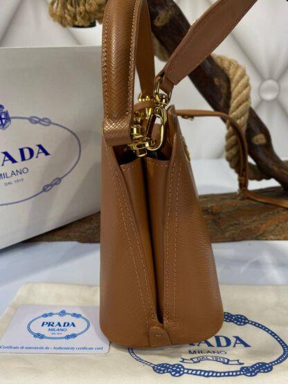 prada canta medium saffiano taba 21x17 cm ithal